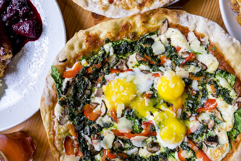 Market Breakfast Pizza