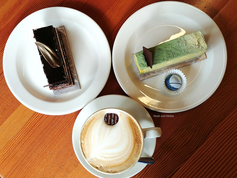 Latte and Cakes