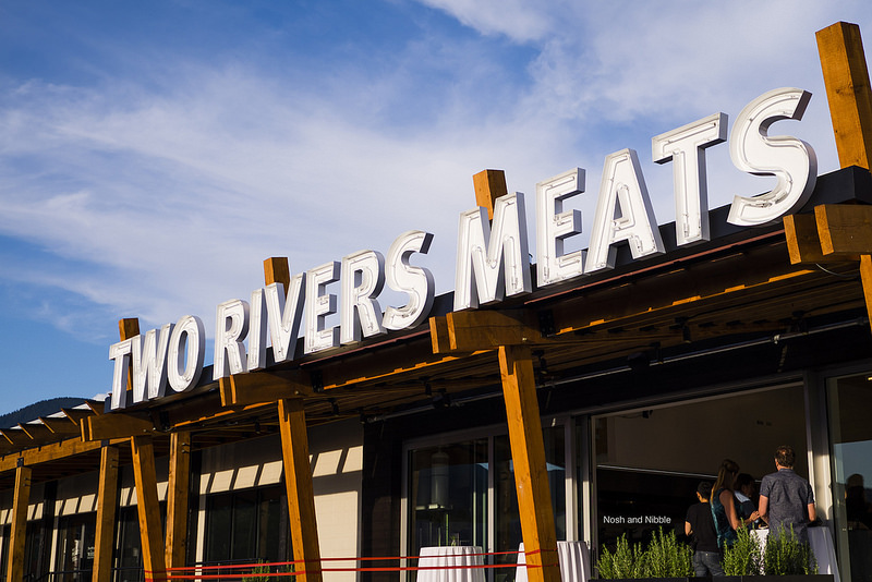 two-rivers-meats-outside