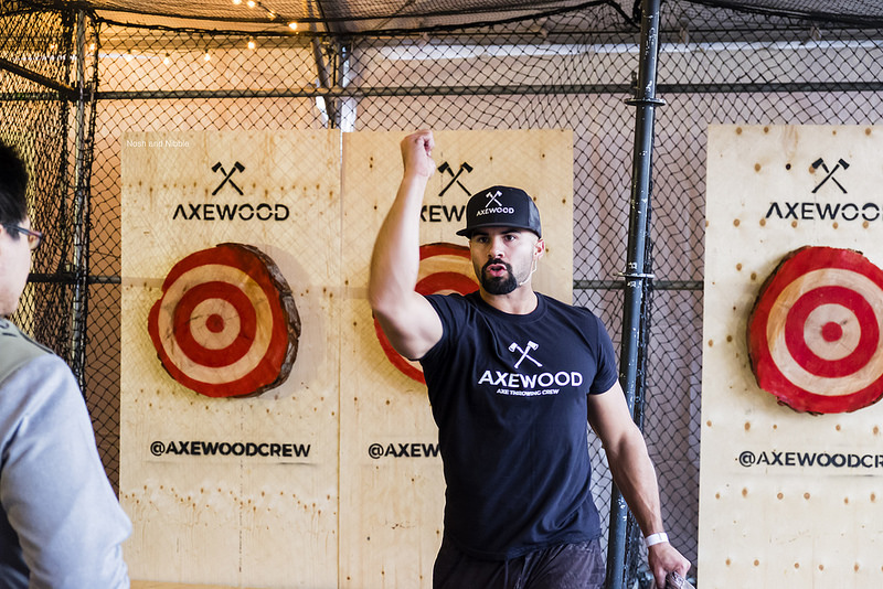 harvest-haus-axe-throwing-instruction