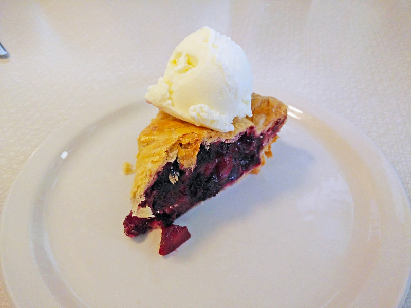 acme-cafe-blueberry-mango-pie