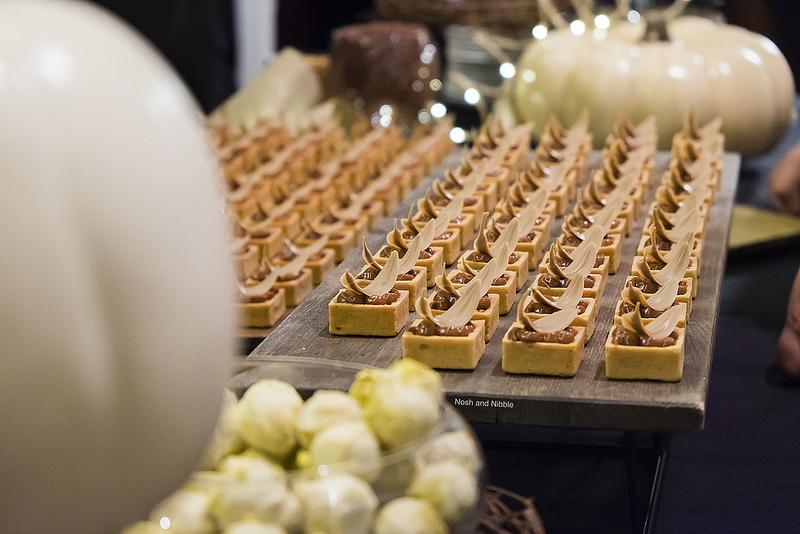 eat-pastry-praline-truffles