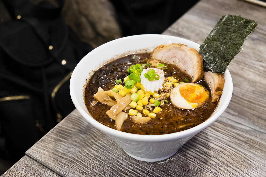 the-poke-shop-black-garlic-oil-tonkotsu-ramen