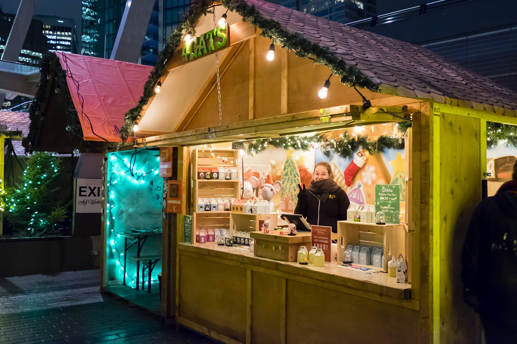 vancouver-christmas-market-2017-4cats