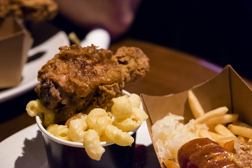 butcher-at-the-butcher-fried-chicken