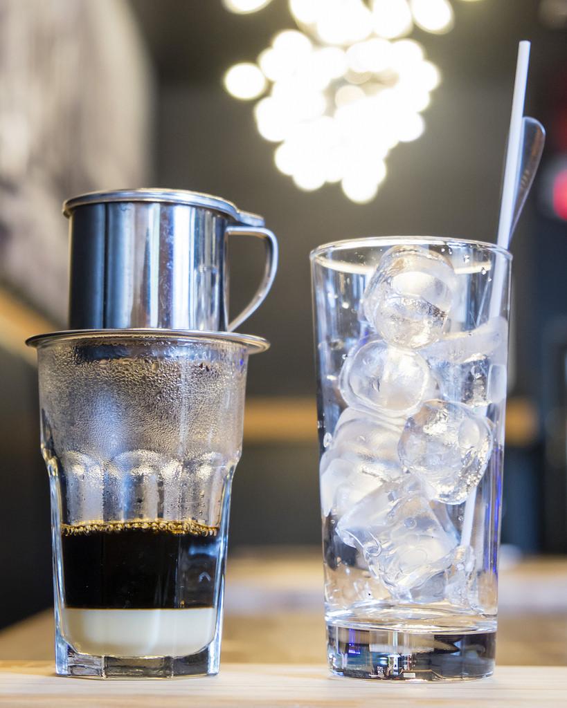 dundas-eat-drink-iced-coffee