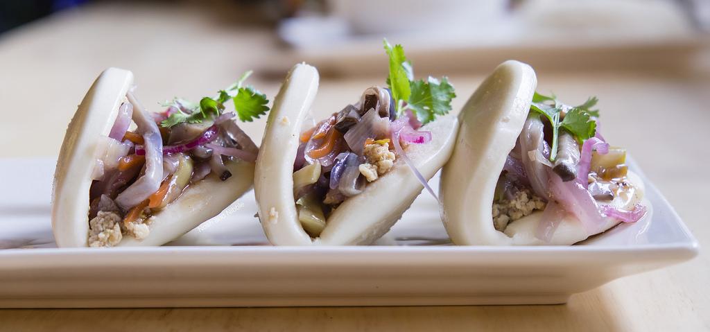 dundas-eat-drink-veggie-bao-sliders