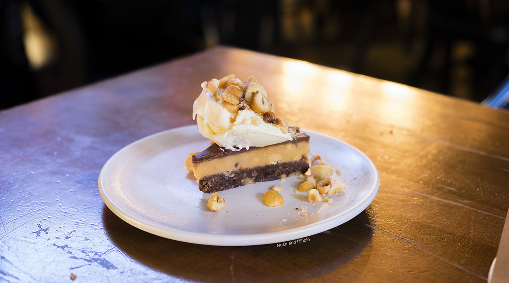 lamplighter-pub-chocolate-praline-bar
