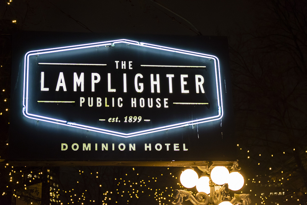 lamplighter-pub-outside
