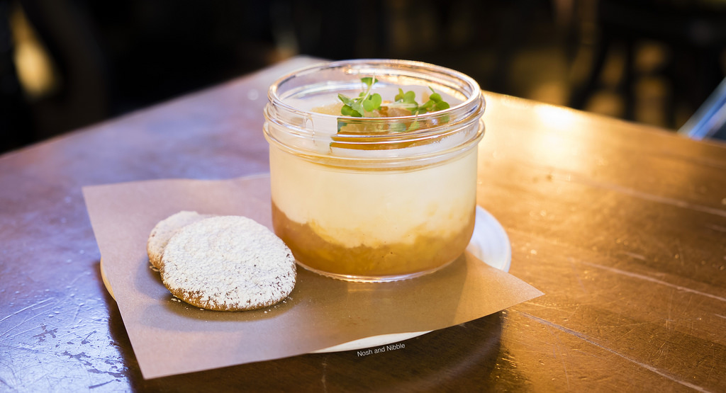 lamplighter-pub-panna-cotta