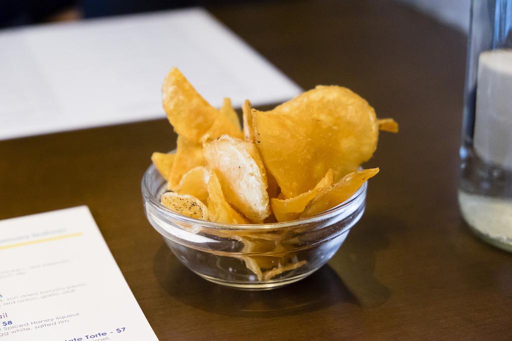 bin-4-burger-lounge-chips
