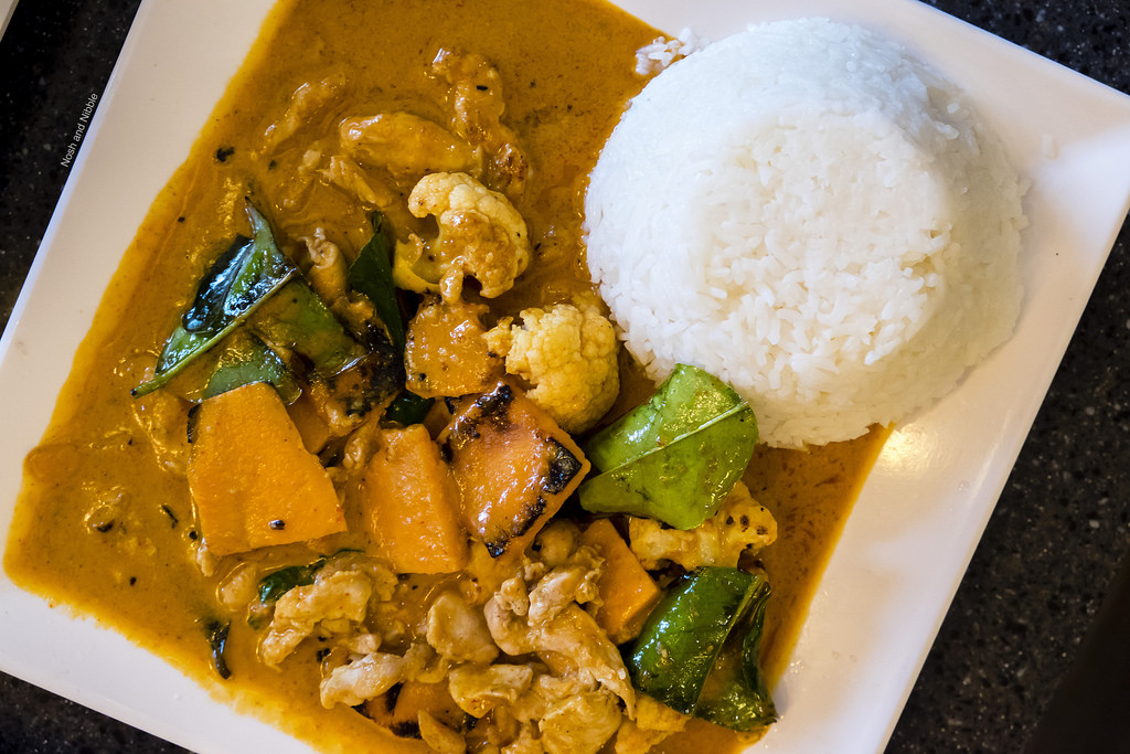 rice-and-noodle-panang-curry