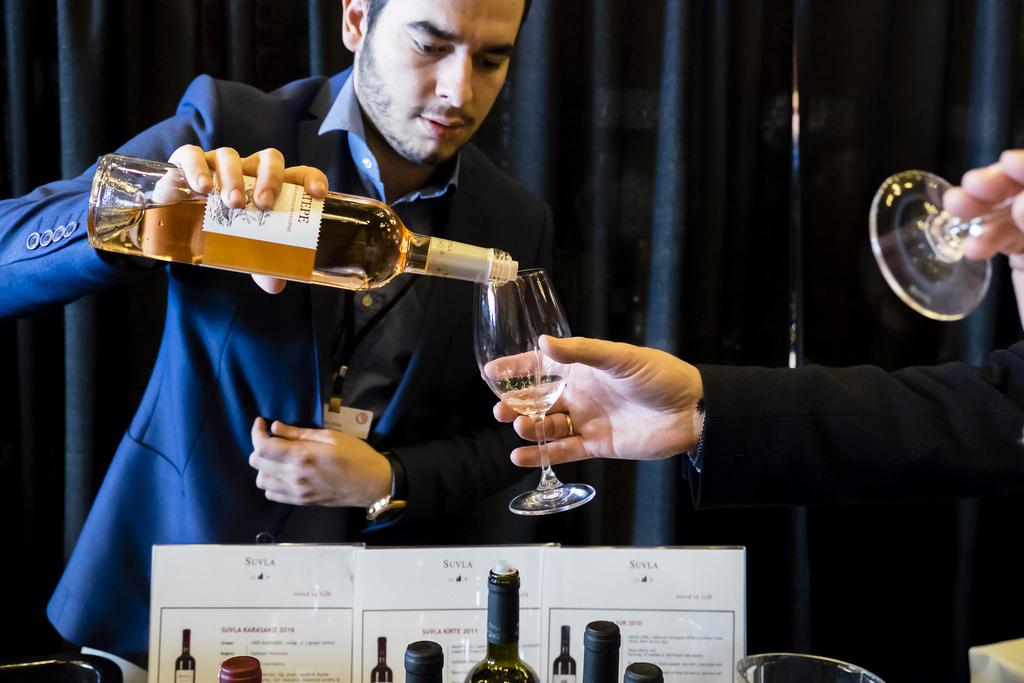 viwf-festival-tasting-room-suvla-wines