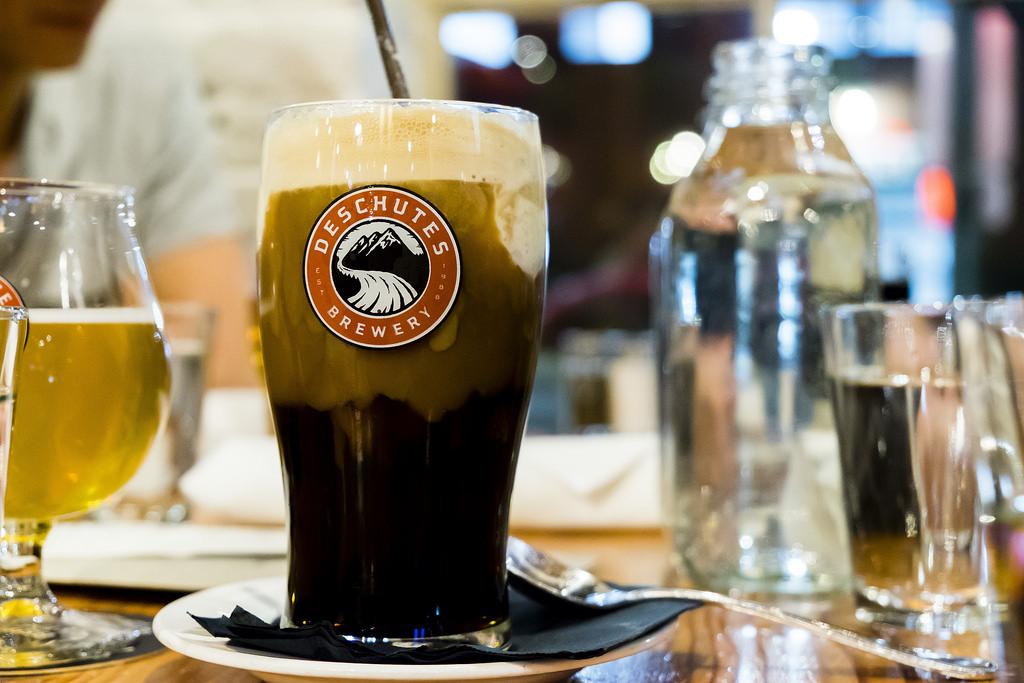 deschutes-brewery-root-beer-float