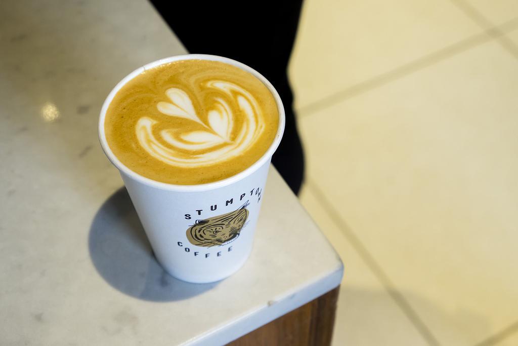 stumptown-coffee-latte