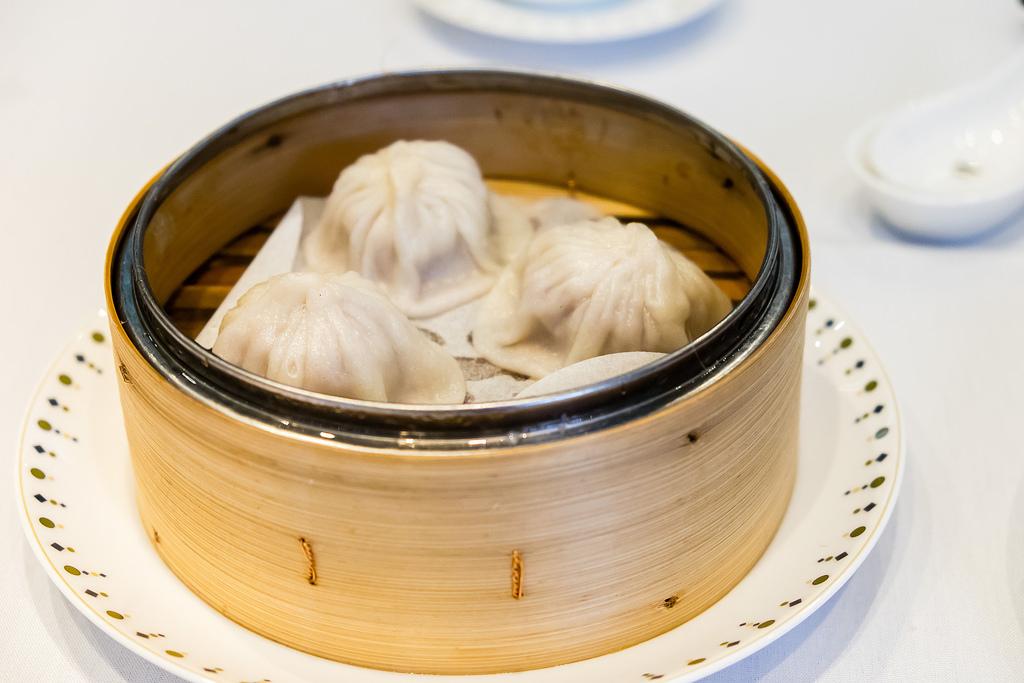 1886-shanghainese-soup-pork-dumpling