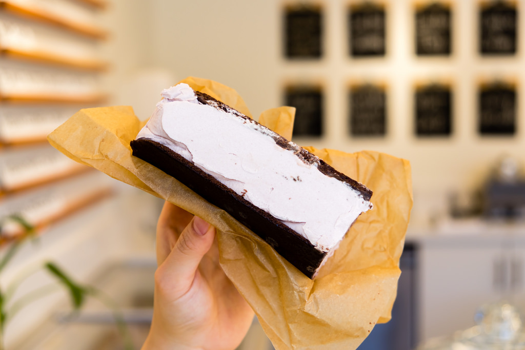 earnest-ice-cream-frances-raspberry-brownie