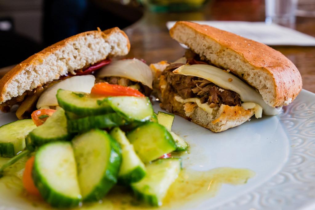 moltaqa-cumin-roasted-lamb-sandwich