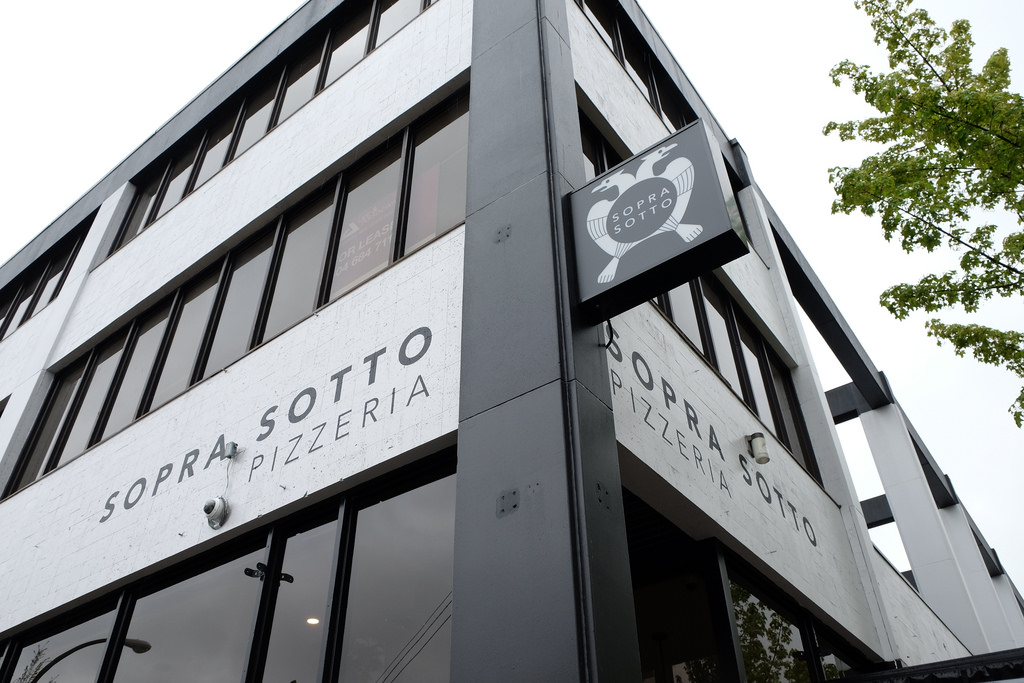 sopra-sotto-outside