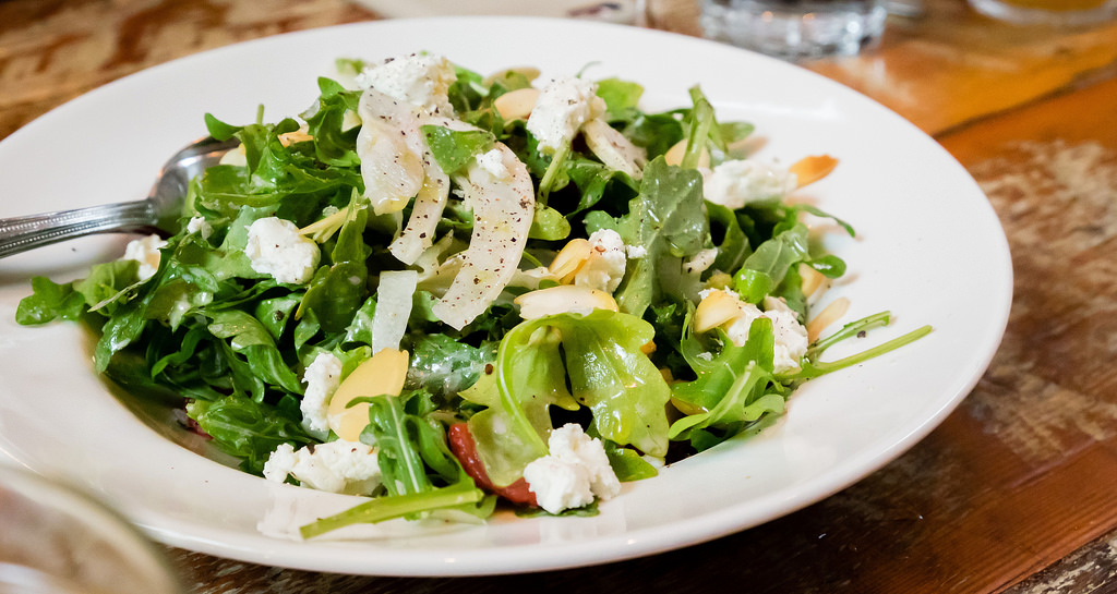 homer-st-cafe-daily-salad