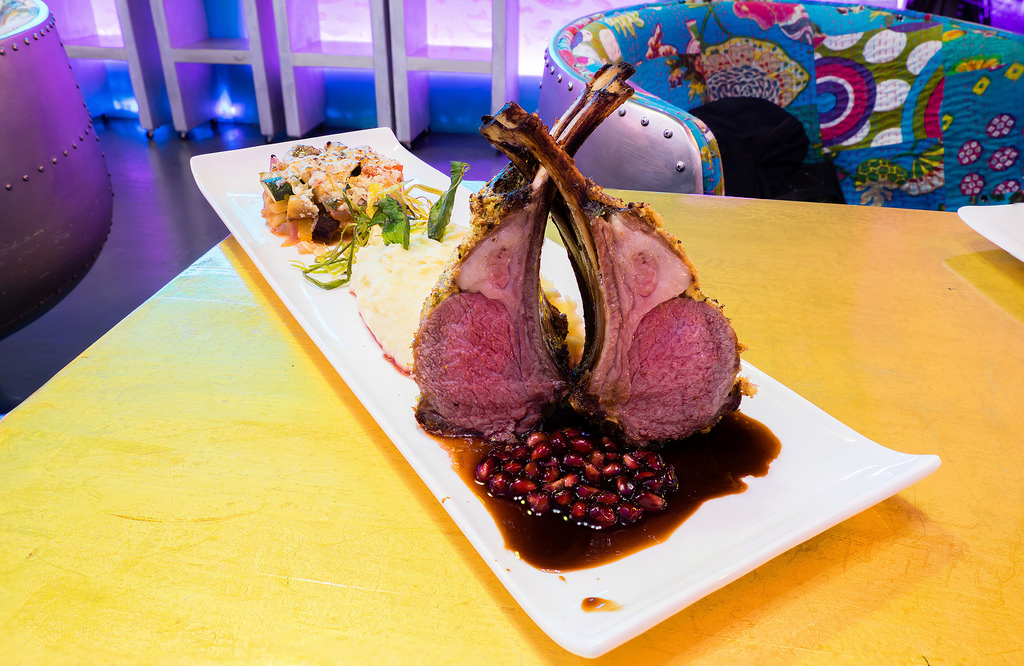 silk-lounge-lamb-rack