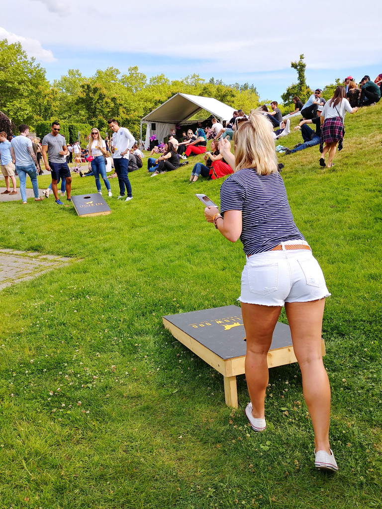 vancouver-craft-beer-week-2018-beanbag-tossing