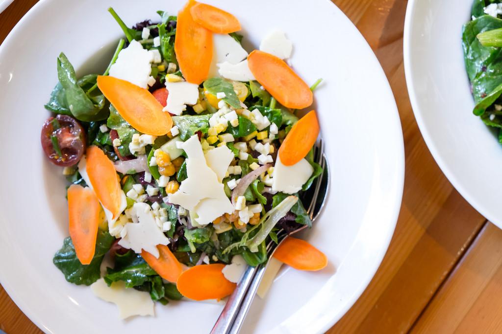 rocky-mountain-flatbread-spring-greens-salad