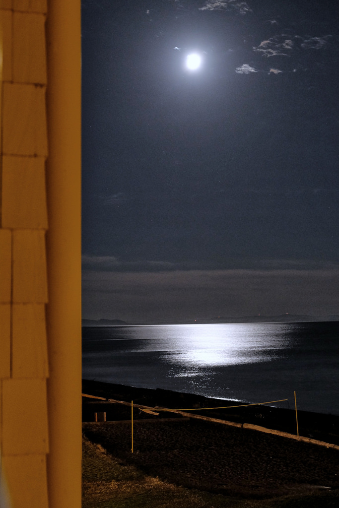 semiahmoo-resort-moonlight