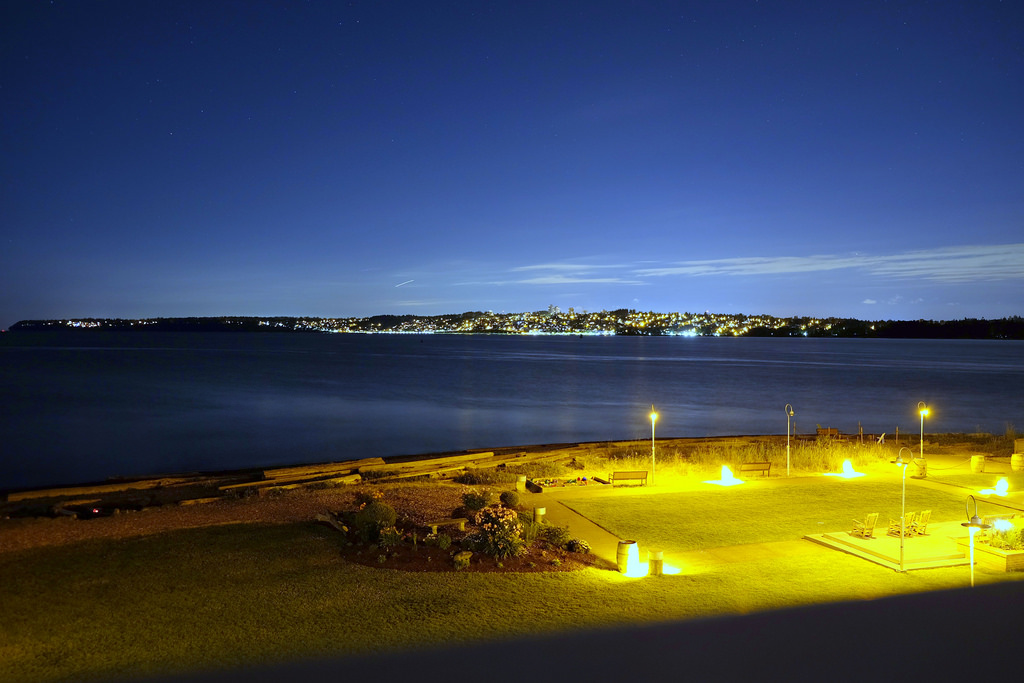 semiahmoo-resort-night