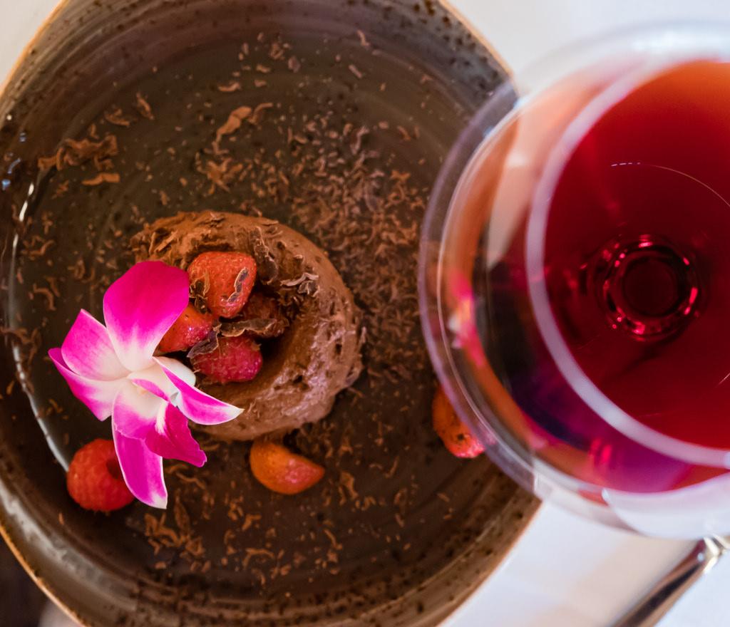 semiahmoo-winemaker-dinner-chocolate-marquise-sokol-blosser-orchard-block-pinot-noir