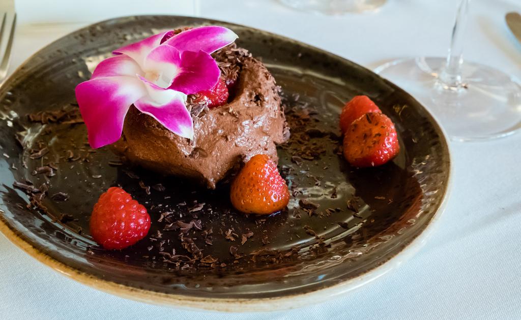 semiahmoo-winemaker-dinner-chocolate-marquise