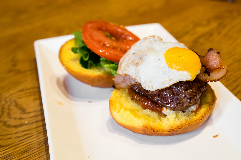 tasting-plates-west-end-pasture-plate-burger