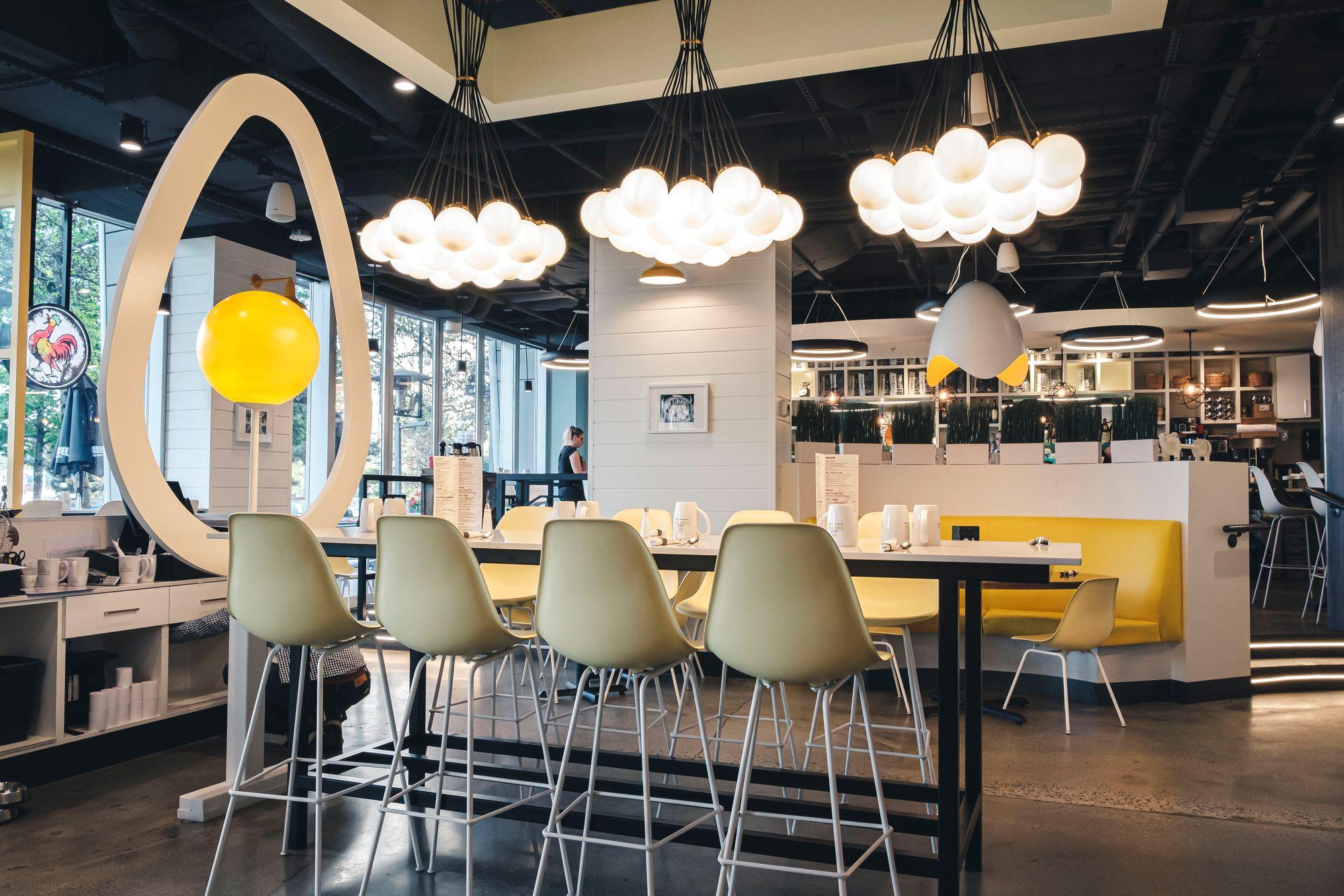 Inside OEB Breakfast Co.