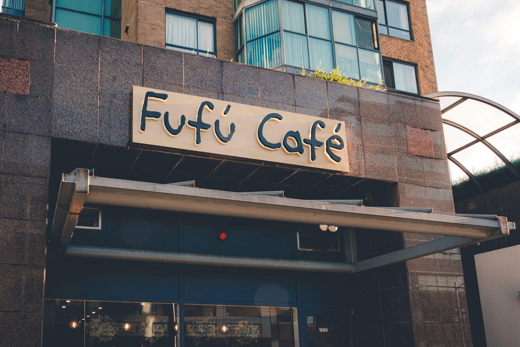 Outside Fufú Café
