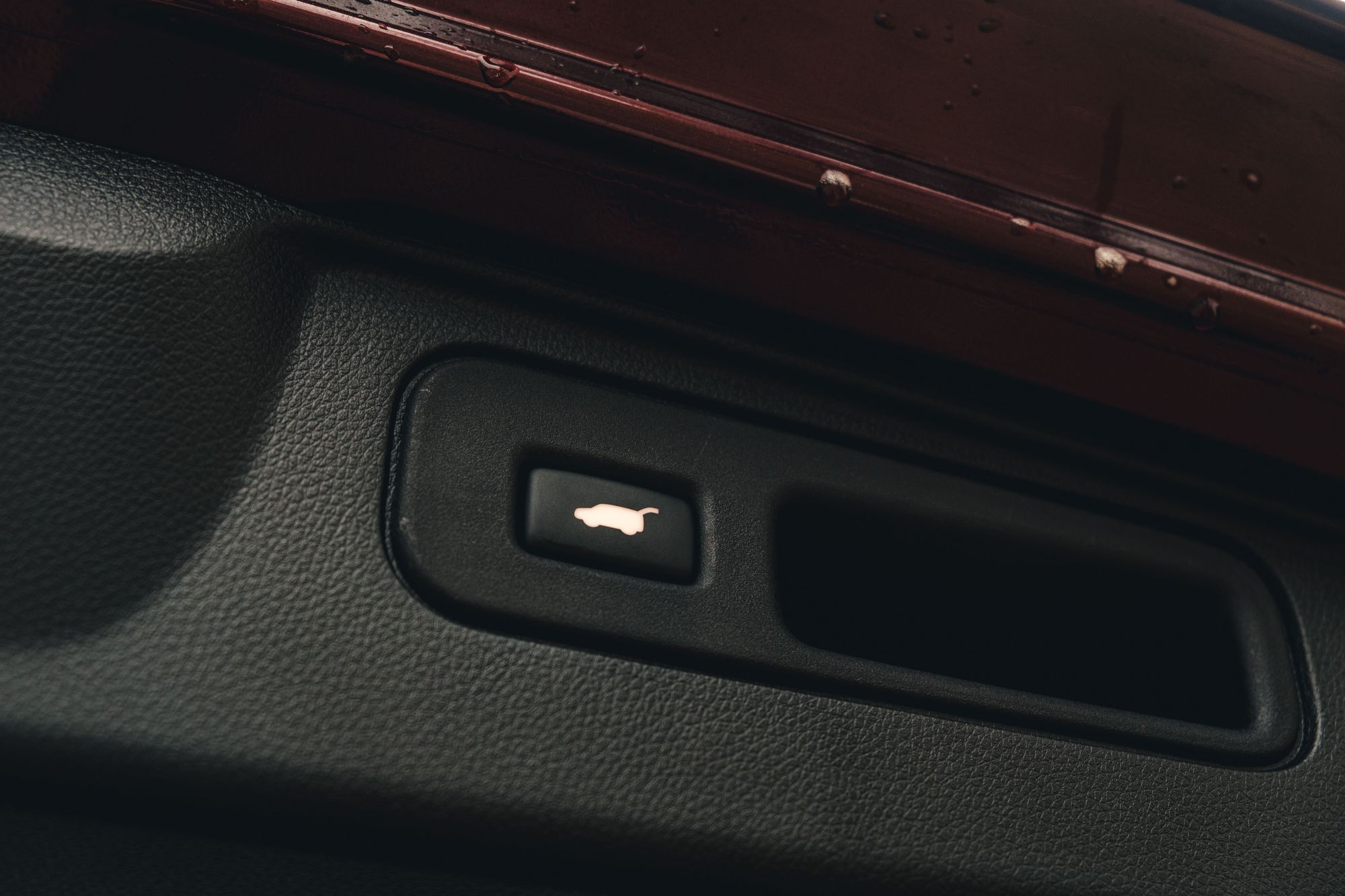 Honda Passport Tailgate Button