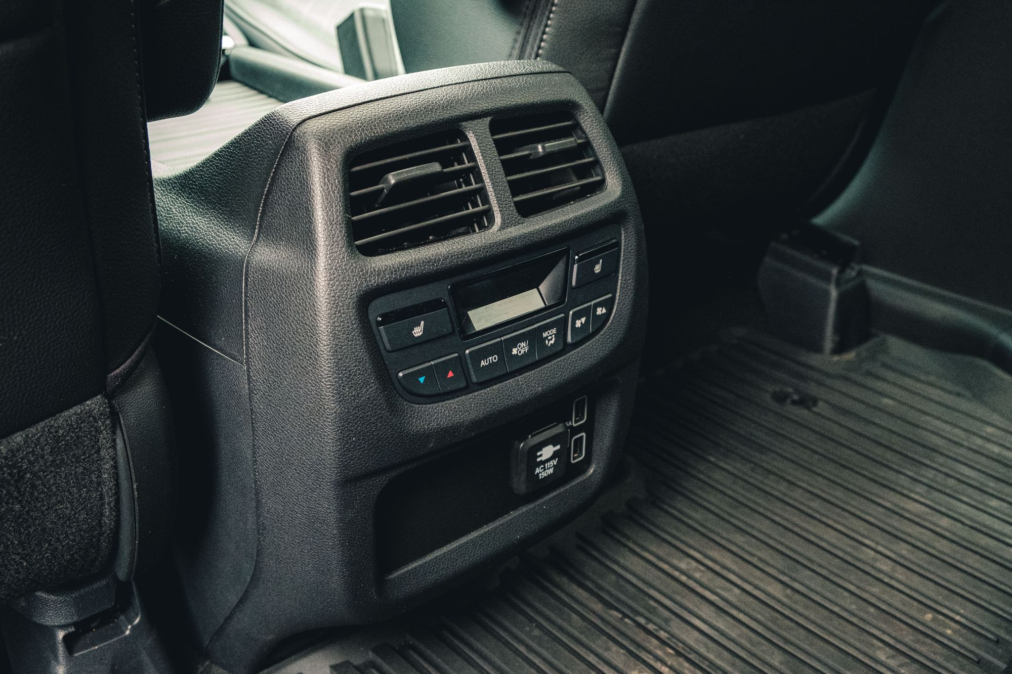 Honda Passport Second Row Climate Control