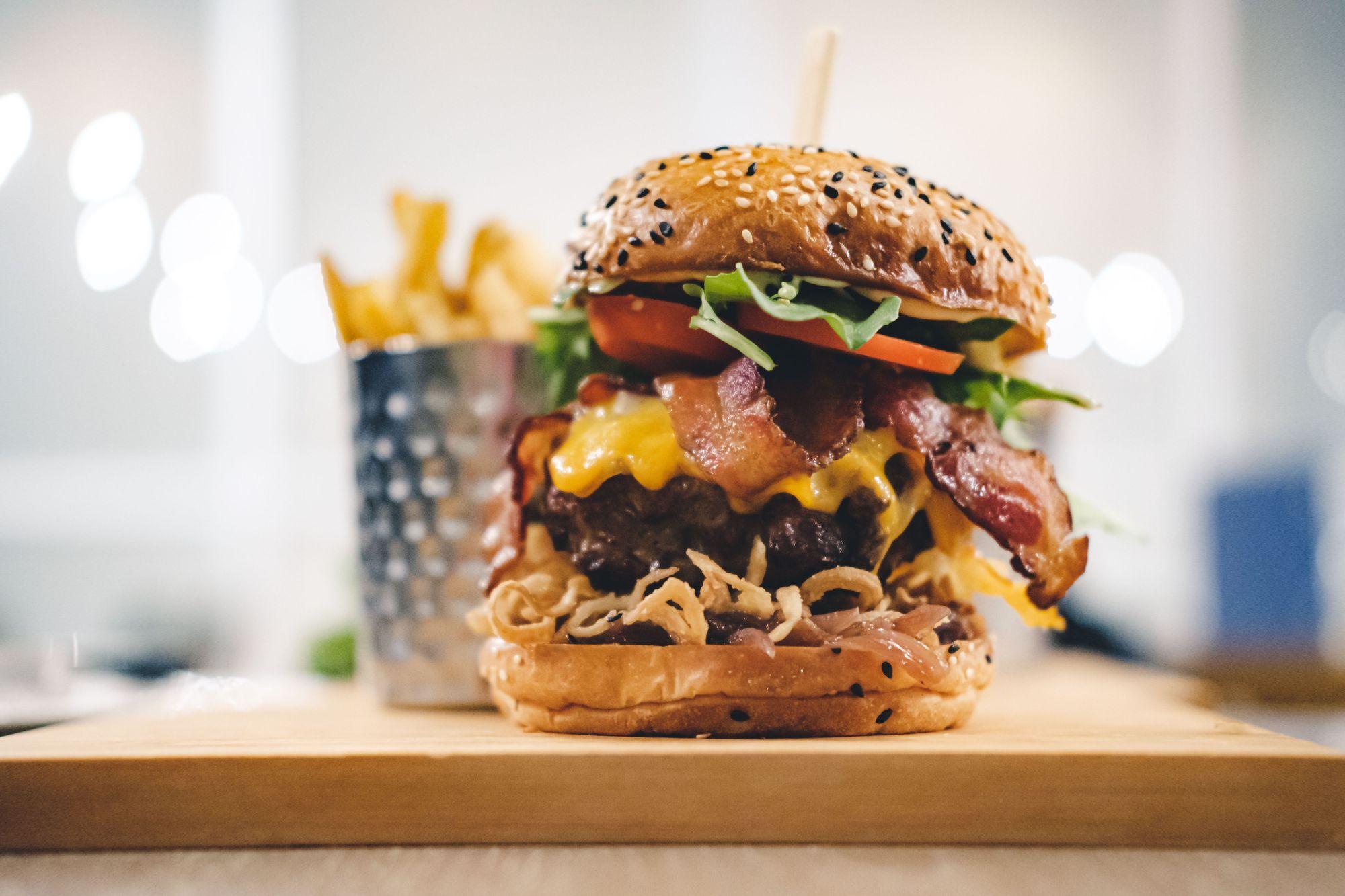 Hendricks Resto-Lounge Hendricks Burger